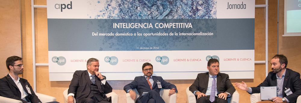 """Mesa redonda sobre """"Inteligencia económica y apertura de nuevos mercados"""""""